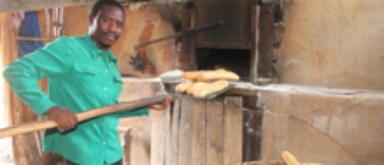 Article : Du pain, des conditions de vie et de travail meilleures aux peuples